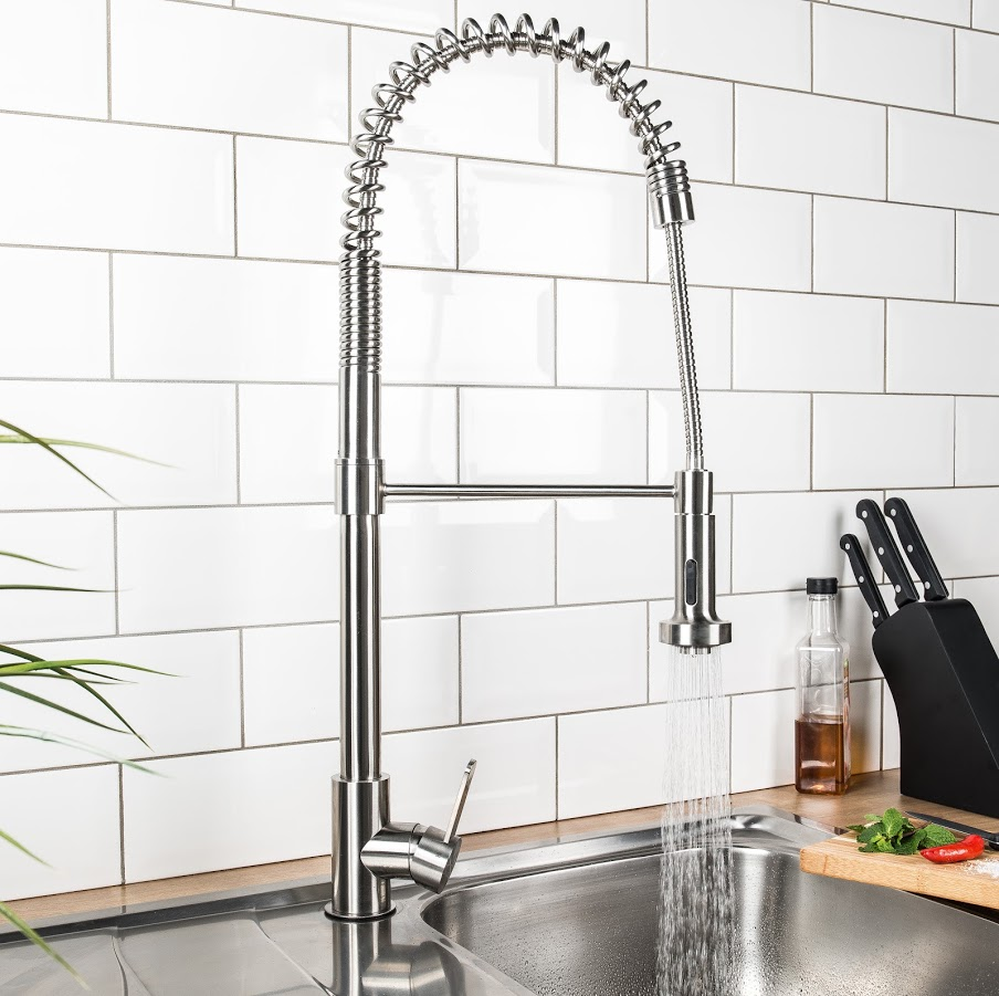 Pull out designer kitchen tap