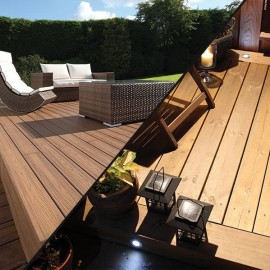 Timber and composite decking: what's the difference?