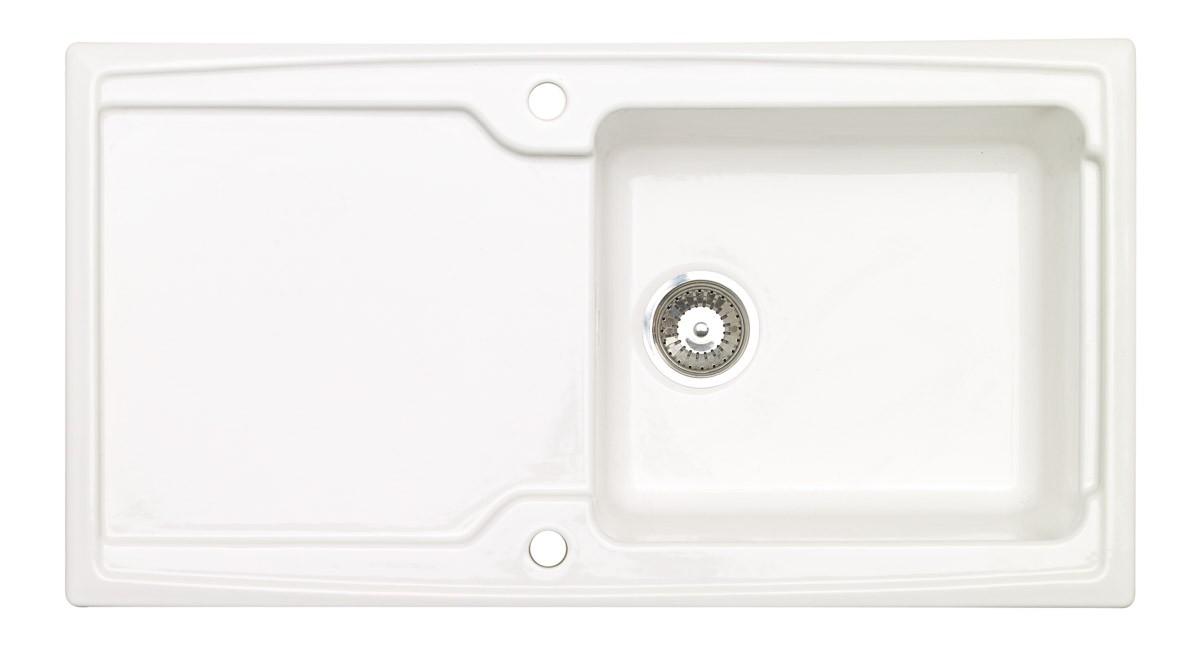 white ceramic sinks
