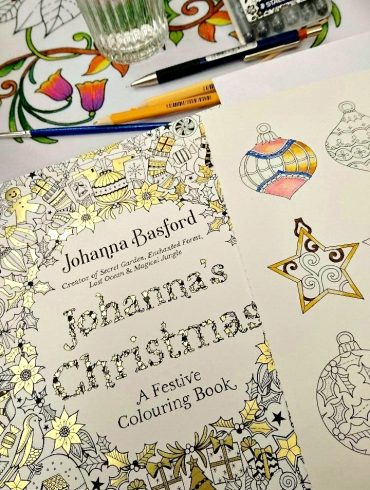 Johanna's Christmas Colouring Book