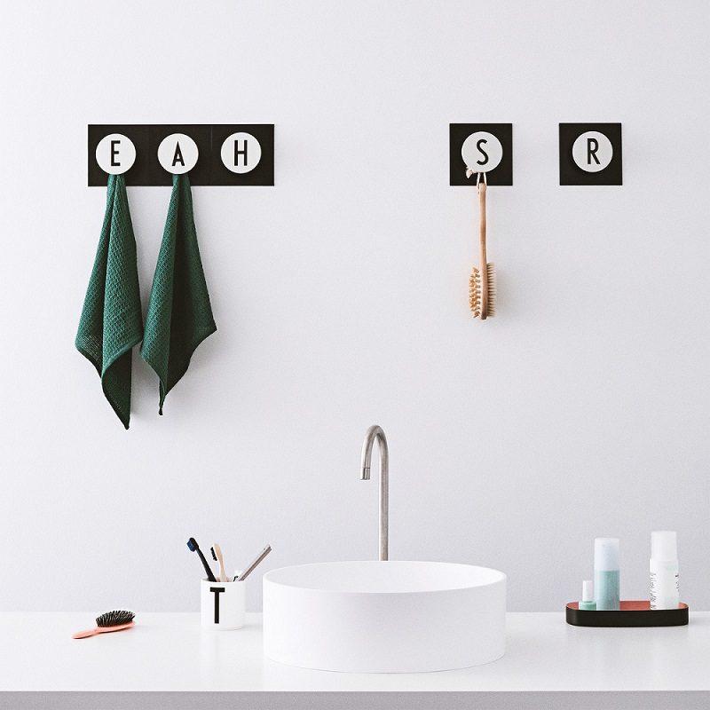 Bathroom letter hooks