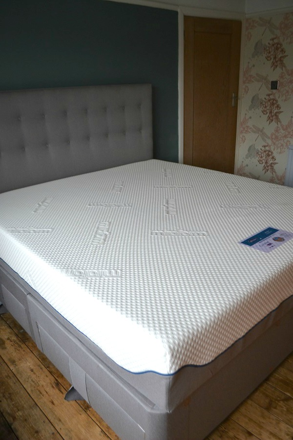 First Impressions Silentnight Super King Bed With