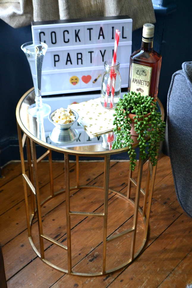 Drinks station bar cart style