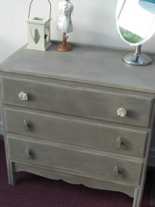 Painting an old dresser or chest of drawers