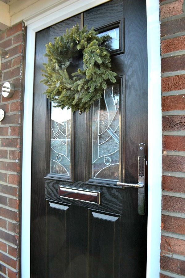 Yale front door our new yale front door tidylife yale for Upvc french doors homebase