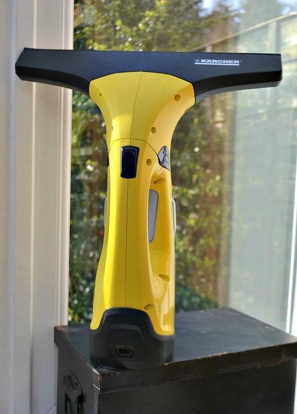Review Of The Karcher Window Vac WV2