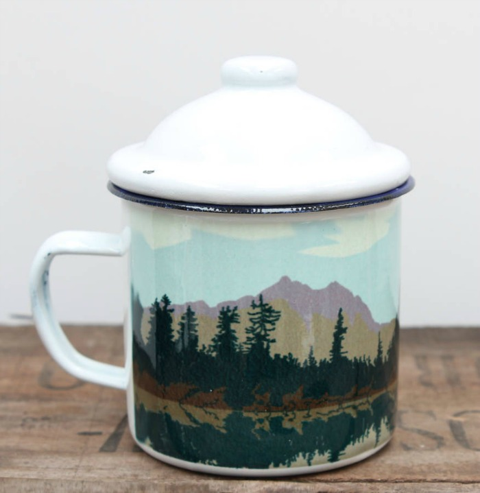 Enamel camping mug