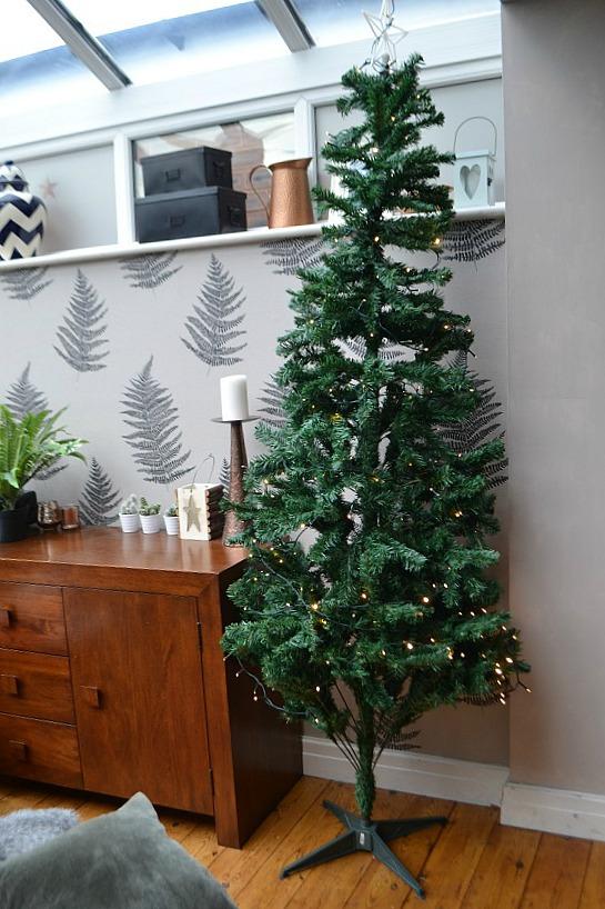 Artificial_Christmas_Tree