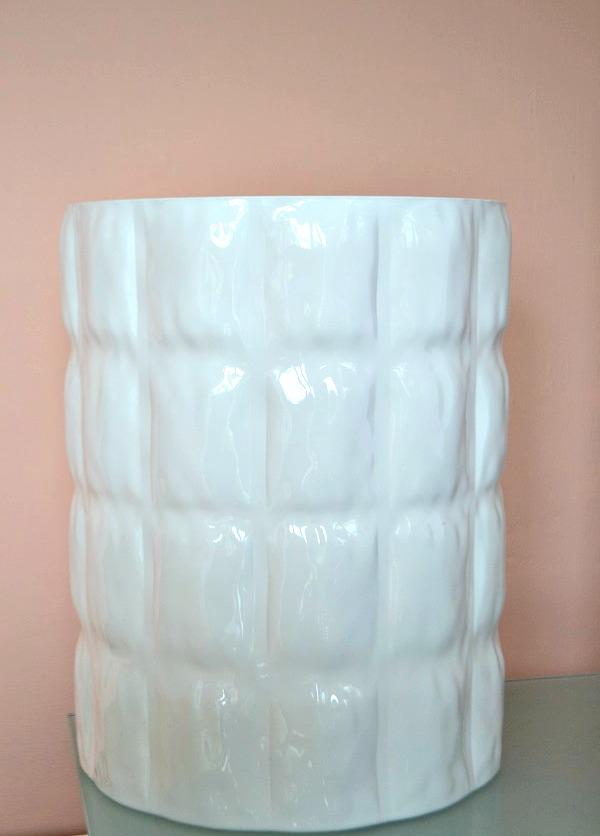 Matelasse white gloss