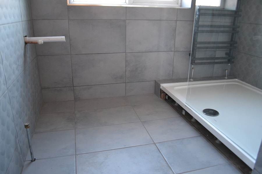 Grey tiles large shower