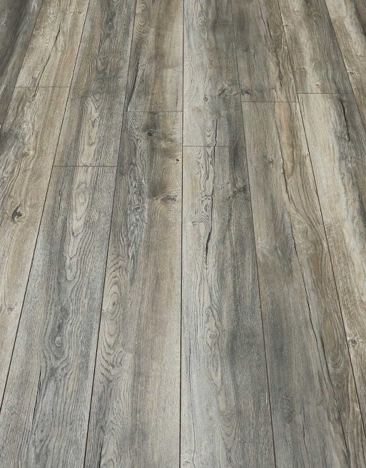 Laminate flooring vs solid wood