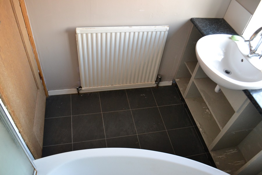 bathroom before 3