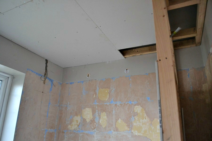 installing false ceiling