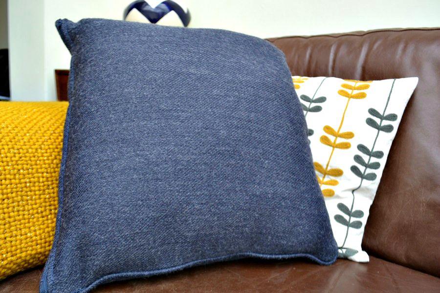Sofa_Sofa_scatter_cushions