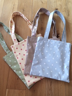 oilcloth shopping bag x 4