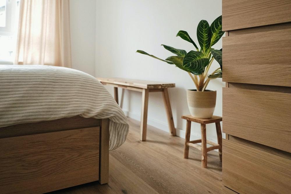 organised bedroom