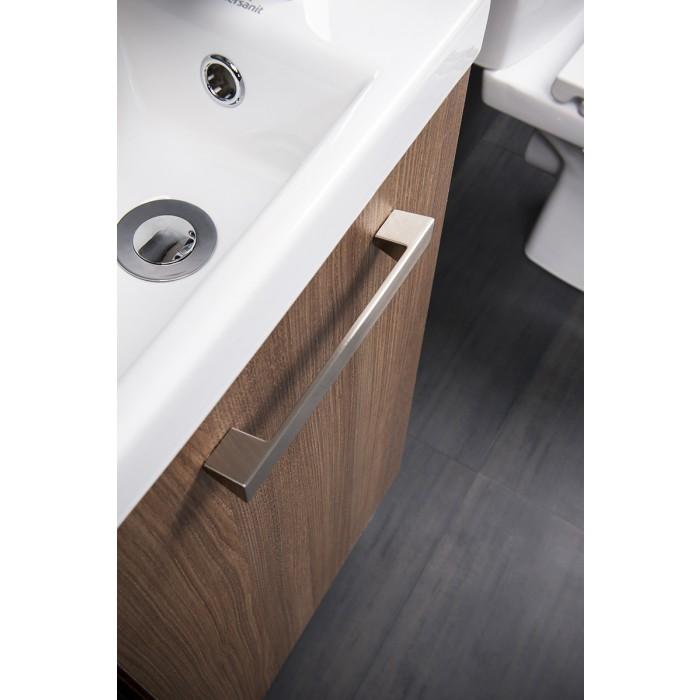 Bathroom takeaway vanity unit for cloakrooms