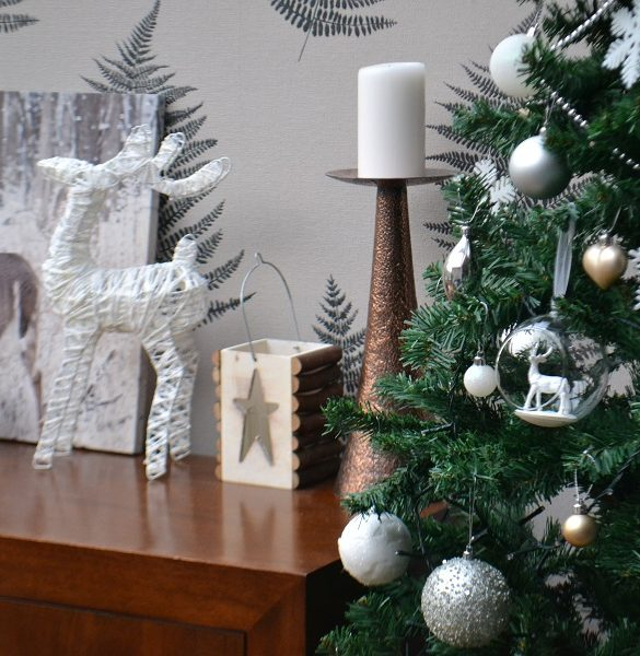 Homebase_Christmas_decorations